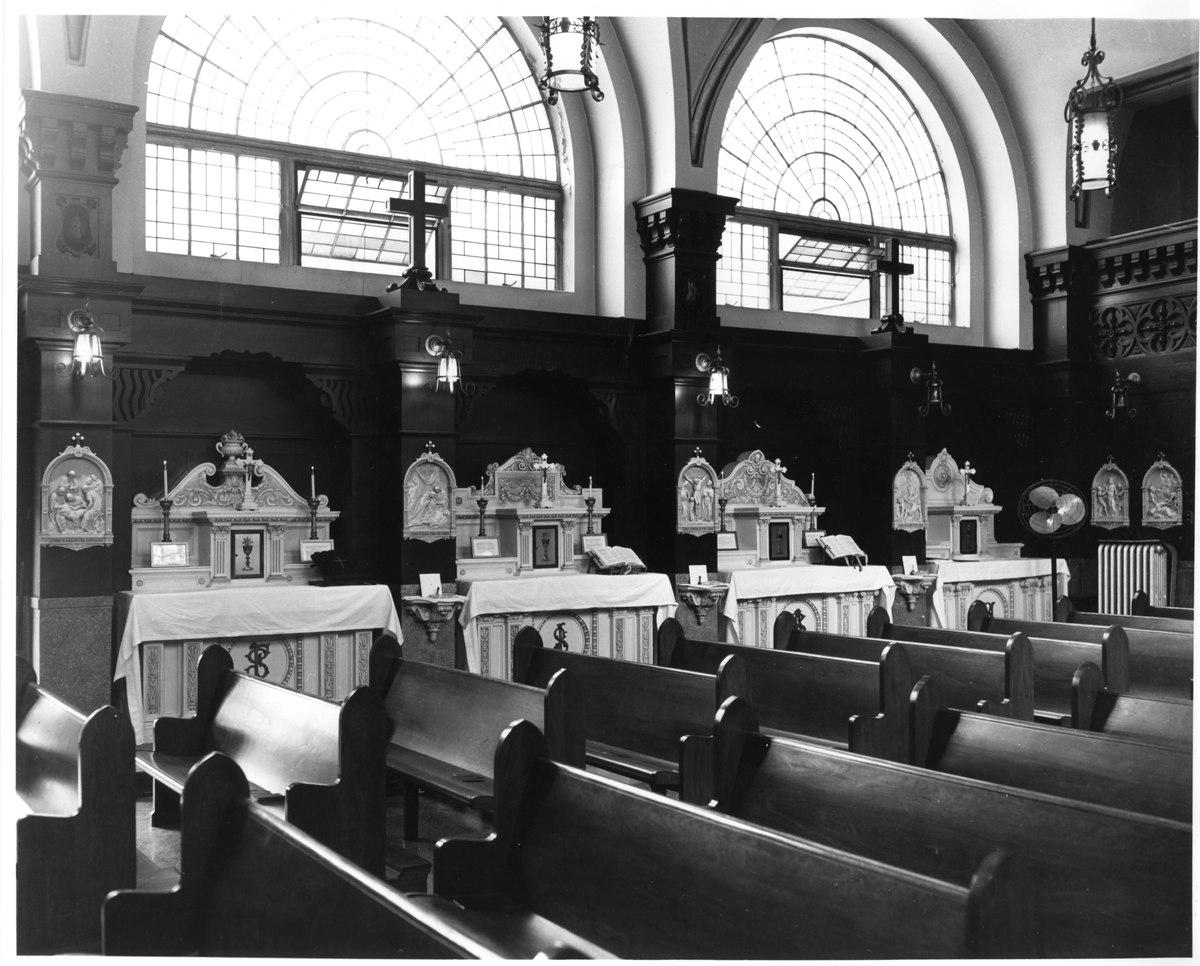 002_jesuit_residence_chapel.jpg