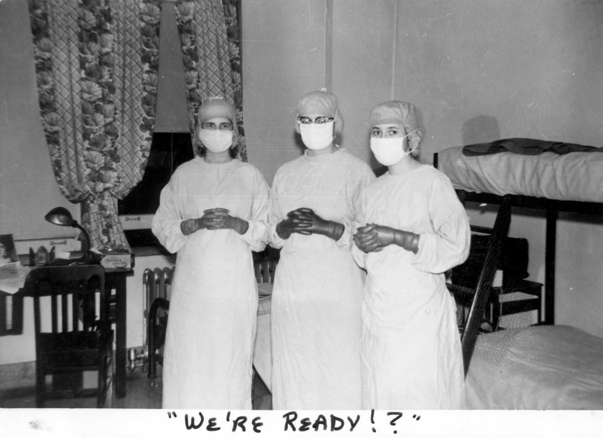 nurses_in_scrubs_1954.jpg
