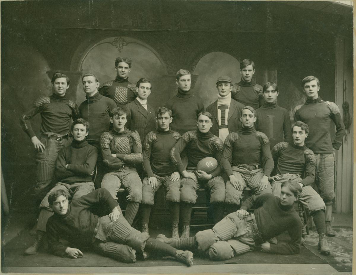 football team 1904.jpg