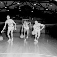 Men's Basketball Players, 1959-1960