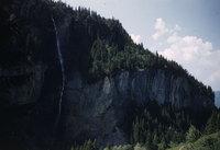 111_Reichenbach-valley-waterfall.jpg